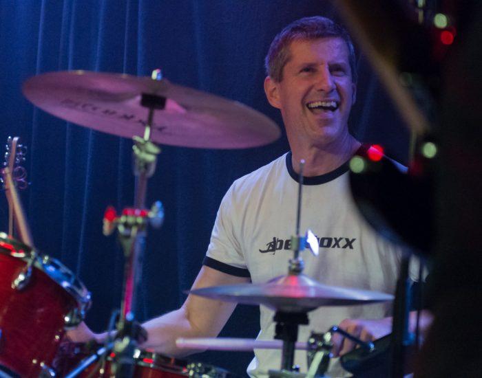 Thomas (Drums) im Aera