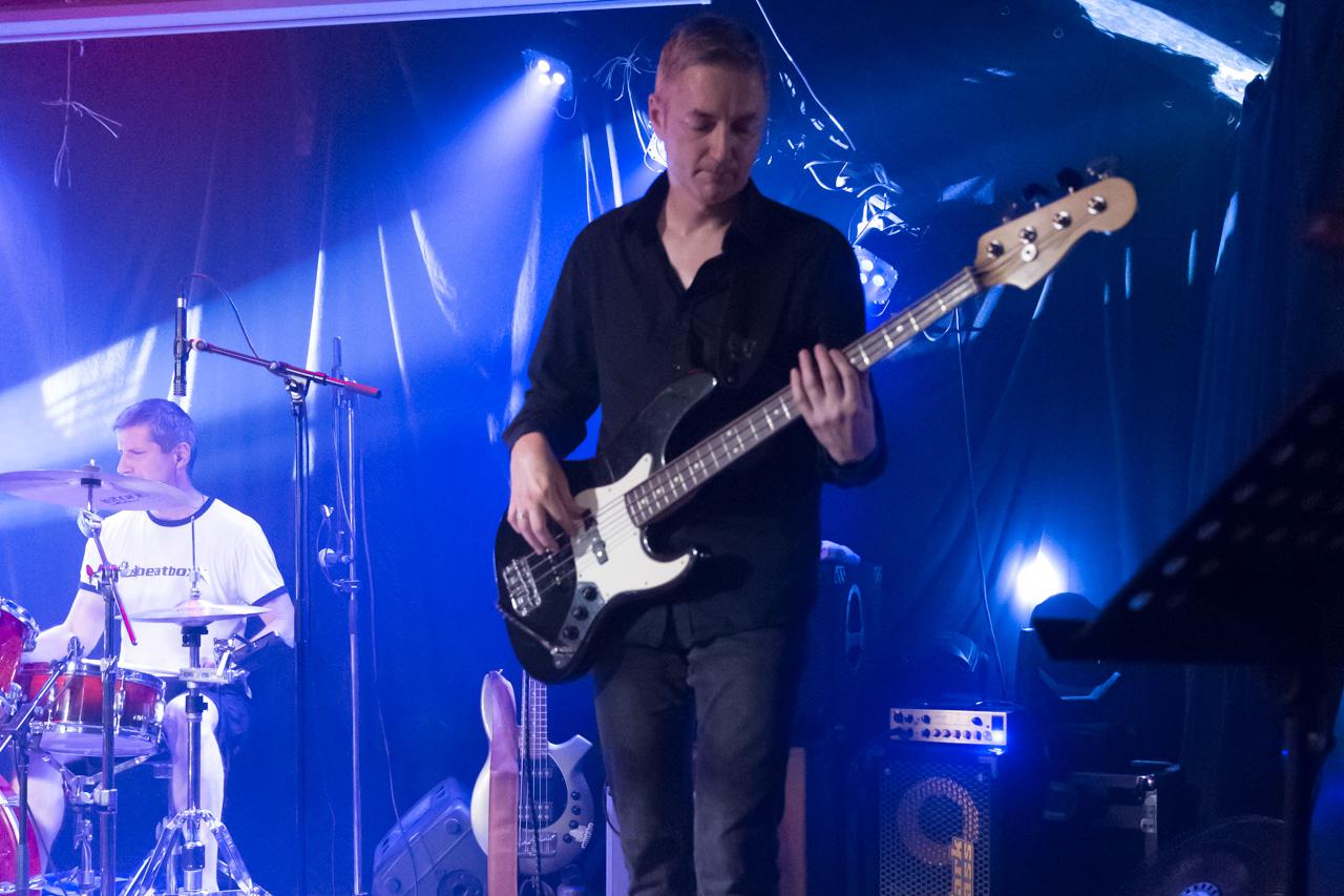 Jörg (Bass) im Aera